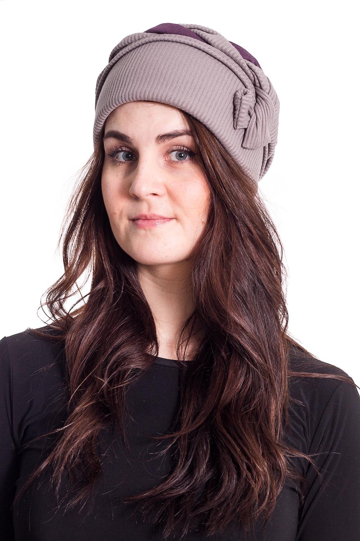 ШапкаШапки<br>Стильная шапка на подкладе из флиса защитит Вас от непогоды и станет прекрасным дополнением Вашего образа.  В изделии использованы цвета: розовый  Размер universal (56-58) равен обхвату головы в сантиметрах  Обхват головы измеряется по лобной части над уровнем бровей (на 2-3 сантиметра выше) и по самой выпуклой затылочной части.<br><br>По материалу: Трикотаж<br>По рисунку: Однотонные<br>По элементам: С декором<br>По сезону: Осень,Весна<br>Размер : universal<br>Материал: Трикотаж<br>Количество в наличии: 1