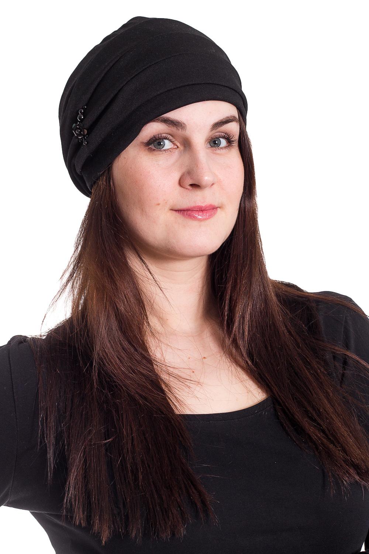 ШапкаШапки<br>Трикотажная шапка мягкой формы на флисе защитит Вас от непогоды и станет прекрасным дополнением Вашего образа.  В изделии использованы цвета: черный  Размер universal (56-58) равен обхвату головы в сантиметрах  Обхват головы измеряется по лобной части над уровнем бровей (на 2-3 сантиметра выше) и по самой выпуклой затылочной части.<br><br>По материалу: Трикотаж<br>По рисунку: Однотонные<br>По элементам: С декором<br>По сезону: Осень,Весна<br>Размер : universal<br>Материал: Трикотаж<br>Количество в наличии: 2