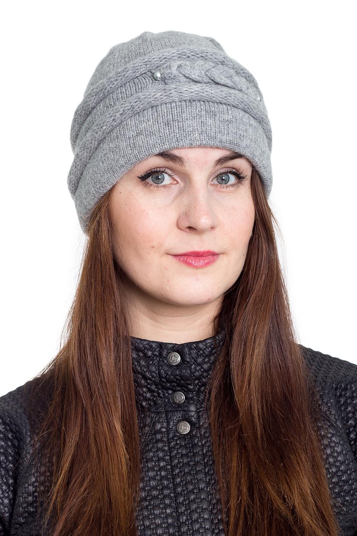 ШапкаШапки<br>Очаровательная шапка подарит Вам тепло и комфорт.  Стильный аксессуар защитит Вас от непогоды и станет прекрасным дополнением Вашего образа.  В изделии использованы цвета: серый<br><br>По материалу: Вязаные<br>По рисунку: Однотонные<br>По сезону: Весна,Осень,Зима<br>По элементам: С декором<br>Размер : universal<br>Материал: Вязаное полотно<br>Количество в наличии: 1