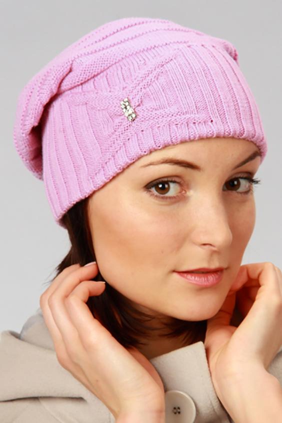 ШапкаШапки<br>Шапка цельновязаная, декориврована ажурной вязкой.  Головной убор стандартного размера 56-58 см.  Шерстяная шапка подарит Вам тепло и комфорт.  Стильная шапка подчеркнет Вашу женственность и станет прекрасным дополнением Вашего образа.  Цвет: розовый<br><br>По материалу: Вязаные,Трикотаж<br>По рисунку: Однотонные<br>По сезону: Весна,Осень,Зима<br>Размер : universal<br>Материал: Шерсть<br>Количество в наличии: 1