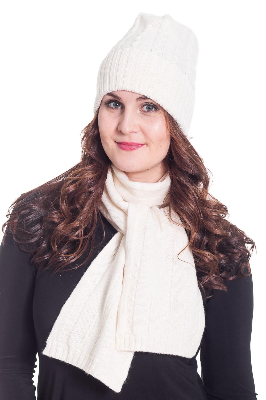 КомплектКомплекты<br>Красивый и теплый комплект. Комплект состоит из шапки и шарфа.  Цвет: белый  Состав: 100% шерсть  Головной убор стандартного размера 56-58 см.<br><br>По сезону: Осень,Весна<br>Размер : universal<br>Материал: Шерсть<br>Количество в наличии: 1