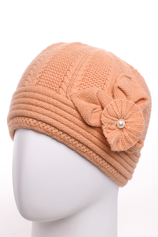 ШапкаШапки<br>Очаровательная шапка подарит Вам тепло и комфорт.  Стильный аксессуар подчеркнет Вашу женственность и станет прекрасным дополнением Вашего образа.  Цвет: персиковый<br><br>По материалу: Вязаные,Трикотаж<br>По рисунку: Однотонные<br>По элементам: С декором<br>По сезону: Зима<br>Размер : universal<br>Материал: Вязаное полотно<br>Количество в наличии: 1