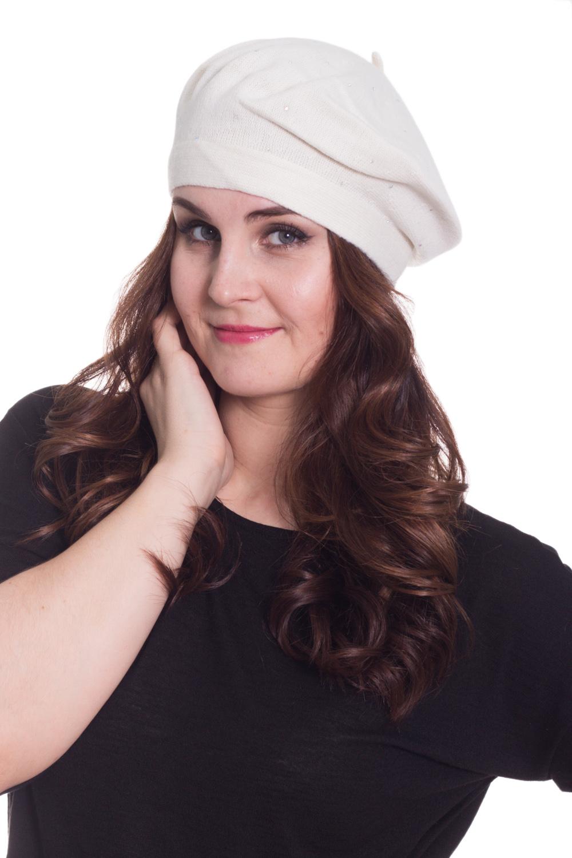 БеретБереты<br>Шерстяной беретик подарит Вам тепло и комфорт, а так же подчеркнет Вашу женственность и станет прекрасным дополнением Вашего образа.  Головной убор стандартного размера 56-58 см.  Цвет: белый<br><br>По сезону: Осень,Весна<br>Размер : universal<br>Материал: Вязаное полотно<br>Количество в наличии: 1