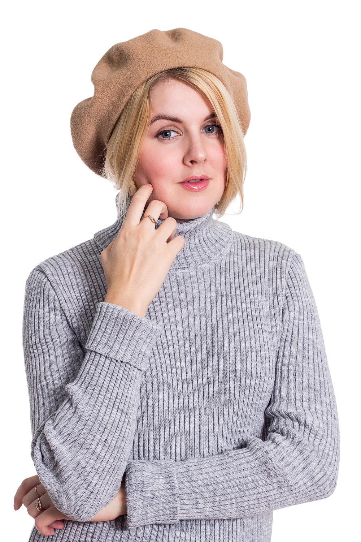 БеретБереты<br>Шерстяной беретик подарит Вам тепло и комфорт.  Стильный берет подчеркнет Вашу женственность и станет прекрасным дополнением Вашего образа.  Головной убор стандартного размера 56-58 см.  Цвет: бежевый<br><br>По сезону: Зима<br>Размер : universal<br>Материал: Шерсть<br>Количество в наличии: 2