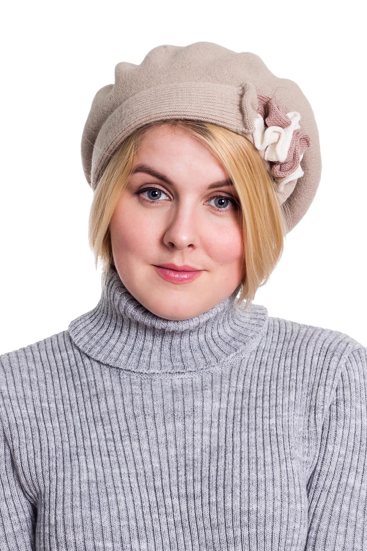 БеретБереты<br>Шерстяной беретик подарит Вам тепло и комфорт.  Стильный берет подчеркнет Вашу женственность и станет прекрасным дополнением Вашего образа.  Головной убор стандартного размера 56-58 см.  Цвет: серый<br><br>По сезону: Осень,Весна<br>Размер : universal<br>Материал: Шерсть<br>Количество в наличии: 1