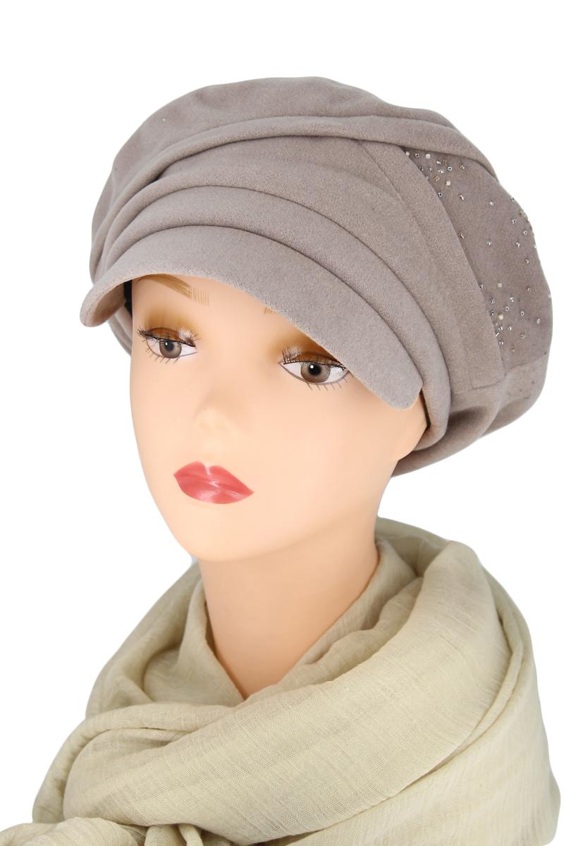 КепкаКепки<br>Красивая кепка защитит Вас от непогоды и станет прекрасным дополнением Вашего образа.  Цвет: бежевый<br><br>По сезону: Осень,Весна<br>Размер : universal<br>Материал: Кашемир<br>Количество в наличии: 2