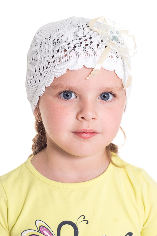 ШапочкаГоловные уборы<br>Шапочка для девочки защитит Вашего ребенка от непогоды и поднимет настроение.  Размер равен обхвату головы в сантиметрах.  Цвет: белый<br><br>По сезону: Лето<br>Размер : 48-50<br>Материал: Хлопок<br>Количество в наличии: 3