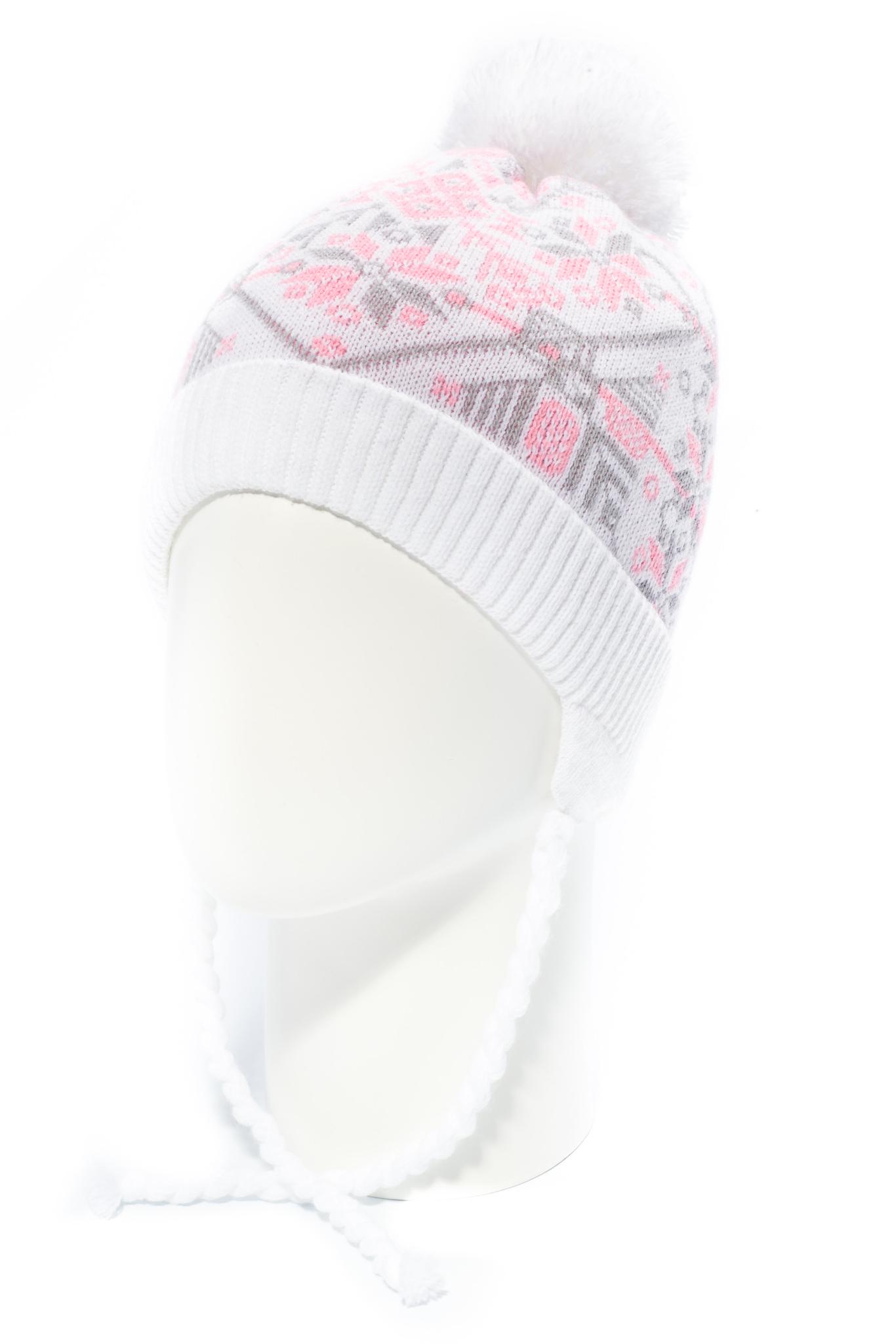 ШапкаГоловные уборы<br>Шапка с помпоном для девочки защитит Вашего ребенка от непогоды и поднимет настроение.  Размер равен обхвату головы в сантиметрах.  Цвет: белый и др.<br><br>По сезону: Зима<br>Размер : 48-52<br>Материал: Вязаное полотно<br>Количество в наличии: 1