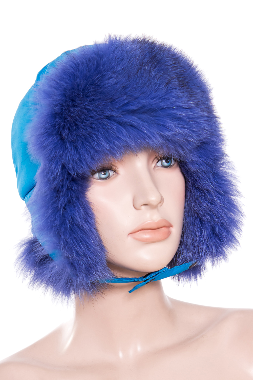 УшанкаГоловные уборы<br>Шапка-ушанка из натурального меха.  Цвет: голубой  Размер: 52-53 см.  Обхват головы измеряется по лобной части над уровнем бровей (на 2-3 сантиметра выше) и по самой выпуклой затылочной части.<br><br>По сезону: Зима<br>Размер : 52-53<br>Материал: Натуральный мех<br>Количество в наличии: 1