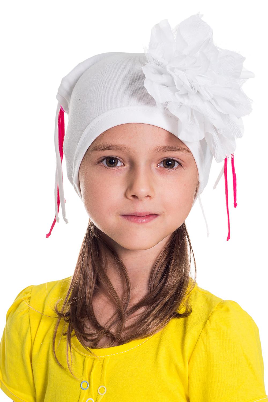 ШапочкаГоловные уборы<br>Шапка для девочки защитит Вашего ребенка от непогоды и поднимет настроение.  Размер равен обхвату головы в сантиметрах.  Цвет: белый и др.<br><br>По сезону: Осень,Весна<br>Размер : 50-54<br>Материал: Трикотаж<br>Количество в наличии: 1