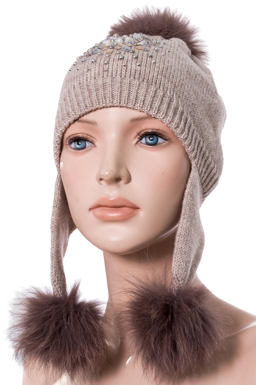 ШапкаГоловные уборы<br>Вязанная шапка с натуральным мехом.  Цвет: коричневый  Размер: 54-56 см.  Обхват головы измеряется по лобной части над уровнем бровей (на 2-3 сантиметра выше) и по самой выпуклой затылочной части.<br><br>По сезону: Зима<br>Размер : 54-56<br>Материал: Вязаное полотно<br>Количество в наличии: 1