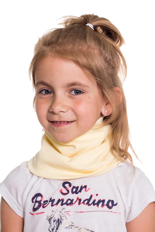 СнудПлатки и шарфы<br>Снуд защитит Вашего ребенка от непогоды и поднимет настроение.  Цвет: желтый<br><br>По сезону: Осень,Весна<br>Размер : 40-45,45-50,50-55<br>Материал: Трикотаж<br>Количество в наличии: 5