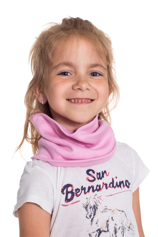 СнудПлатки и шарфы<br>Снуд защитит Вашего ребенка от непогоды и поднимет настроение.  Цвет: розовый<br><br>По сезону: Осень,Весна<br>Размер : 40-45,45-50<br>Материал: Трикотаж<br>Количество в наличии: 4