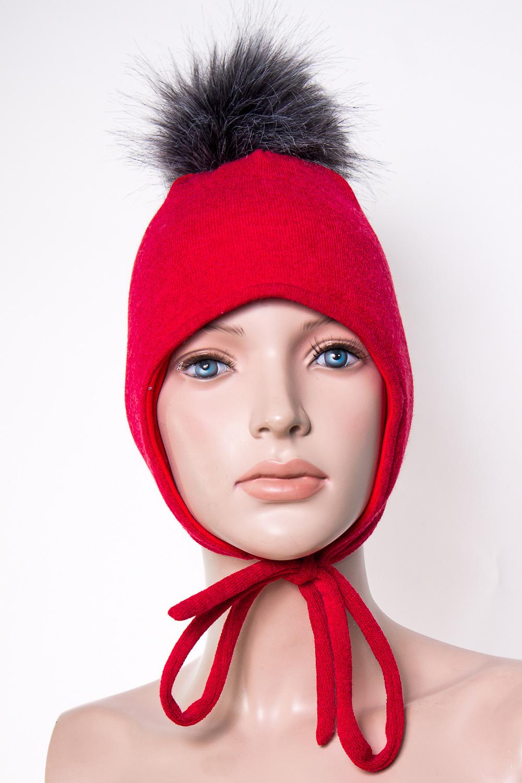 ШапкаГоловные уборы<br>Шапка для девочки защитит Вашего ребенка от непогоды и поднимет настроение.  Размер равен обхвату головы в сантиметрах.  Верхний слой - вязанный трикотаж,  подклад – хлопок, утеплитель – холлофайбер, помпон из искусственного меха.  В изделии использованы цвета: красный, черный<br><br>По сезону: Зима<br>Размер : 50-54<br>Материал: Вязаное полотно<br>Количество в наличии: 1