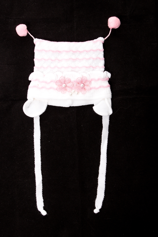ШапкаГоловные уборы<br>Шапка для девочки защитит Вашего ребенка от непогоды и поднимет настроение.  Размер равен обхвату головы в сантиметрах.  Цвет: белый, розовый<br><br>По сезону: Осень,Весна<br>Размер : 44-48<br>Материал: Вязаное полотно<br>Количество в наличии: 1