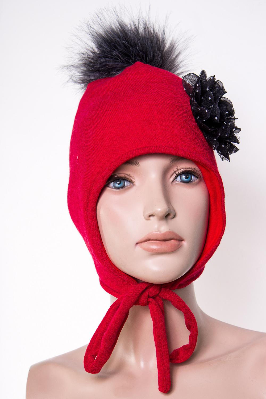 ШапкаГоловные уборы<br>Шапка для девочки защитит Вашего ребенка от непогоды и поднимет настроение.  Размер равен обхвату головы в сантиметрах.  Верхний слой - вязанный трикотаж,  подклад – хлопок, утеплитель – холлофайбер, помпон из искусственного меха.  В изделии использованы цвета: красный, черный<br><br>По сезону: Зима<br>Размер : 54-58<br>Материал: Вязаное полотно<br>Количество в наличии: 1