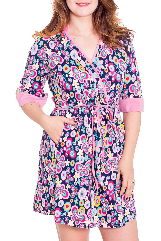 ХалатХалаты<br>Женский халат на запах с короткими рукавами до локтя. Домашняя одежда, прежде всего, должна быть удобной, практичной и красивой. В халате Вы будете чувствовать себя комфортно, особенно, по вечерам после трудового дня.  Цвет: мультицвет  Рост девушки-фотомодели 180 см<br><br>Горловина: V- горловина,Запах<br>По рисунку: Абстракция,Цветные<br>По силуэту: Полуприталенные<br>По элементам: С запахом,С поясом<br>Рукав: Рукав три четверти<br>По сезону: Осень,Весна<br>По длине: До колена<br>По материалу: Трикотаж,Хлопок<br>Размер : 42,44,46,48,50<br>Материал: Хлопок<br>Количество в наличии: 7