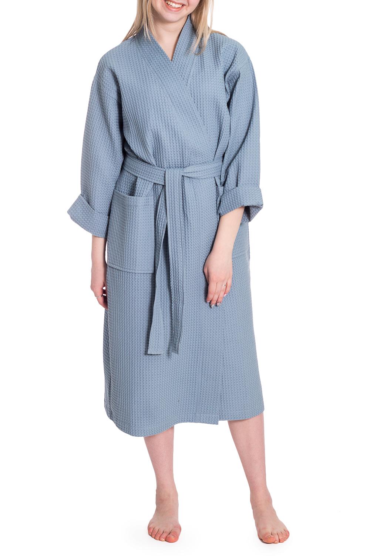 ХалатХалаты<br>Вафельный халат на запах. Домашняя одежда, прежде всего, должна быть удобной, практичной и красивой. В нашей домашней одежде Вы будете чувствовать себя комфортно, особенно, по вечерам после трудового дня. Халат без пояса.  В изделии использованы цвета: серо-голубой  Рост девушки-фотомодели 170 см<br><br>Горловина: V- горловина,Запах<br>По длине: Ниже колена<br>По материалу: Хлопок<br>По рисунку: Однотонные<br>По элементам: С карманами<br>Рукав: Длинный рукав<br>По сезону: Всесезон<br>Размер : 44,46-48,50-52<br>Материал: Вафельное полотно<br>Количество в наличии: 4
