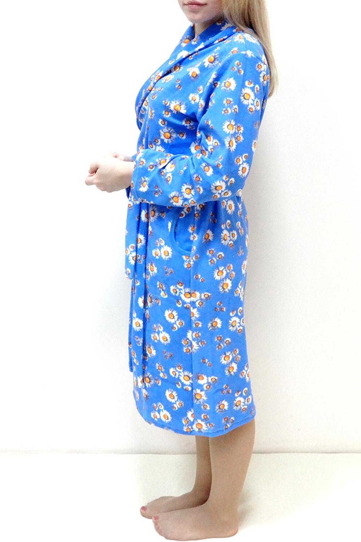 ХалатХалаты<br>Домашний халат на запах. Домашняя одежда, прежде всего, должна быть удобной, практичной и красивой. В нашей домашней одежде Вы будете чувствовать себя комфортно, особенно, по вечерам после трудового дня. Пояс в комплект не входит  Цвет: голубой, белый, желтый  Рост девушки-фотомодели 162 см<br><br>Горловина: V- горловина,Запах<br>По материалу: Махровые<br>По рисунку: Растительные мотивы,Цветные,Цветочные,С принтом<br>По силуэту: Полуприталенные<br>Рукав: Длинный рукав<br>По сезону: Осень,Весна<br>По длине: Ниже колена<br>Размер : 44,48,50,52,54,56,58<br>Материал: Махровое полотно<br>Количество в наличии: 7
