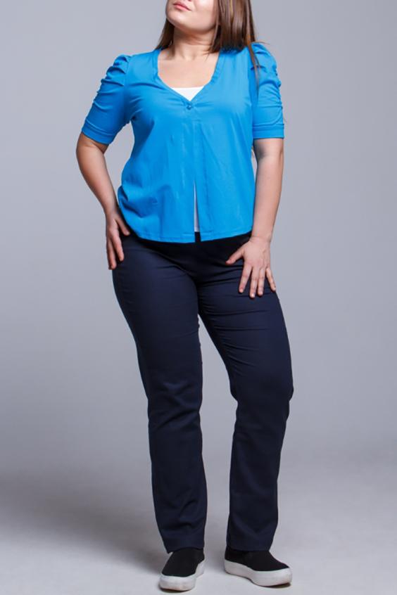 ГарнитурЖакеты<br>Великолепный гарнитур состоит из жакета и футболки. Модель выполнена из приятного материала. Отличный выбор для повседневного гардероба.  В изделии использованы цвета: голубой, белый и др.  Ростовка изделия 170 см.<br><br>Горловина: V- горловина,С- горловина<br>По материалу: Трикотаж,Хлопок<br>По рисунку: Цветные<br>По силуэту: Полуприталенные<br>По стилю: Повседневный стиль<br>Рукав: Короткий рукав<br>По сезону: Лето<br>Размер : 48,50,52<br>Материал: Трикотаж<br>Количество в наличии: 6