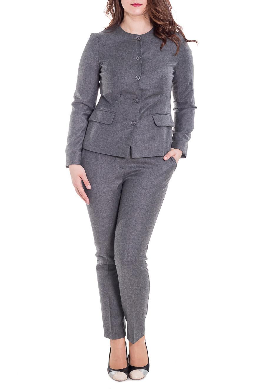 КостюмКостюмы<br>Великолепный костюм из плотной костюмной ткани. Костюм состоит из жакета и брюк. Отличный выбор для повседневного и делового гардероба.  Цвет: серый  Рост девушки-фотомодели 180 см<br><br>Горловина: С- горловина<br>Застежка: С пуговицами<br>По длине: Макси<br>По материалу: Тканевые,Шерсть<br>По рисунку: Однотонные<br>По сезону: Зима,Осень,Весна<br>По силуэту: Приталенные<br>По стилю: Офисный стиль,Повседневный стиль<br>По форме: Костюм двойка,Брючный костюм<br>Рукав: Длинный рукав<br>Размер : 46<br>Материал: Костюмная ткань<br>Количество в наличии: 1