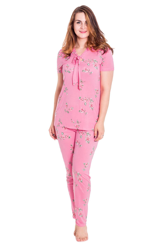 КомплектКомплекты и костюмы<br>Хлопковый комплект состоит из футболки и брюк. Домашняя одежда, прежде всего, должна быть удобной, практичной и красивой. В комплекте Вы будете чувствовать себя комфортно, особенно, по вечерам после трудового дня.  Цвет: розовый  Рост девушки-фотомодели 180 см<br><br>По стилю: Повседневные,Романтические<br>По материалу: Хлопковые<br>По рисунку: Цветочные,Растительные мотивы,Цветные<br>По сезону: Осень,Весна<br>По силуэту: Полуприталенные<br>По форме: Костюм двойка,Брючные<br>По длине: Макси<br>Рукав: Короткий рукав<br>Горловина: V- горловина<br>Размер: 48,50,52,54<br>Материал: 100% хлопок<br>Количество в наличии: 4