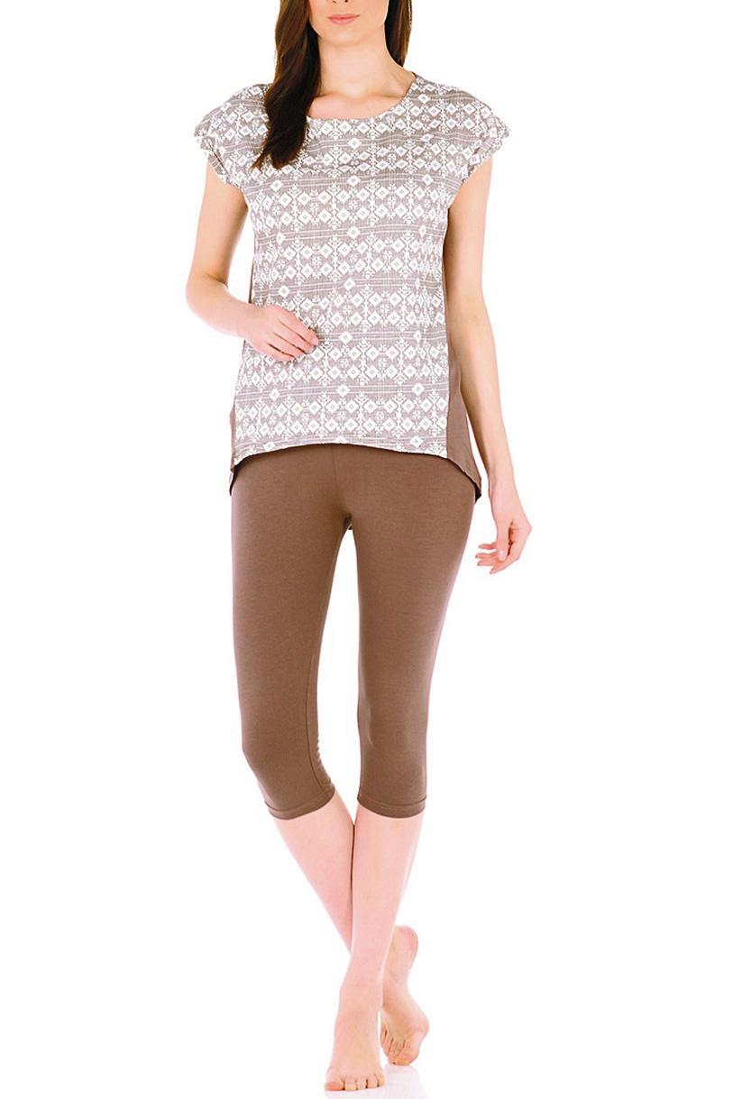 КомплектКомплекты и костюмы<br>Удобный домашний комплект состоит из футболки и бридж. Домашняя одежда, прежде всего, должна быть удобной, практичной и красивой. В нашей домашней одежде Вы будете чувствовать себя комфортно, особенно, по вечерам после трудового дня.В изделии использованы цвета: коричневый, белыйРостовка изделия 170 см.<br><br>Горловина: С- горловина<br>Рукав: Короткий рукав<br>Длина: Ниже колена<br>Материал: Трикотаж,Хлопок<br>Рисунок: С принтом,Цветные<br>Сезон: Весна,Всесезон,Зима,Лето,Осень<br>Силуэт: Полуприталенные<br>Форма: Брючный костюм,Костюм двойка<br>Размер : 44,46,48,50,52,54,56,58,60<br>Материал: Трикотаж<br>Количество в наличии: 18