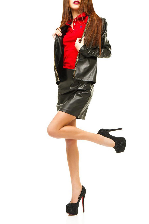 КостюмКостюмы<br>Кожаный костюм состоит из жакета и юбки. Модель выполнена из приятного материала. Отличный выбор для повседневного гардероба.  Цвет: черный  Ростовка изделия 170 см<br><br>Горловина: С- горловина<br>По длине: До колена<br>По рисунку: Однотонные<br>По силуэту: Полуприталенные<br>По стилю: Байкерский стиль,Повседневный стиль<br>По форме: Костюм двойка,Юбочные<br>По элементам: С декором,С отделочной фурнитурой<br>Рукав: Длинный рукав<br>По сезону: Осень,Весна<br>Размер : 42,44<br>Материал: Искусственная кожа<br>Количество в наличии: 3