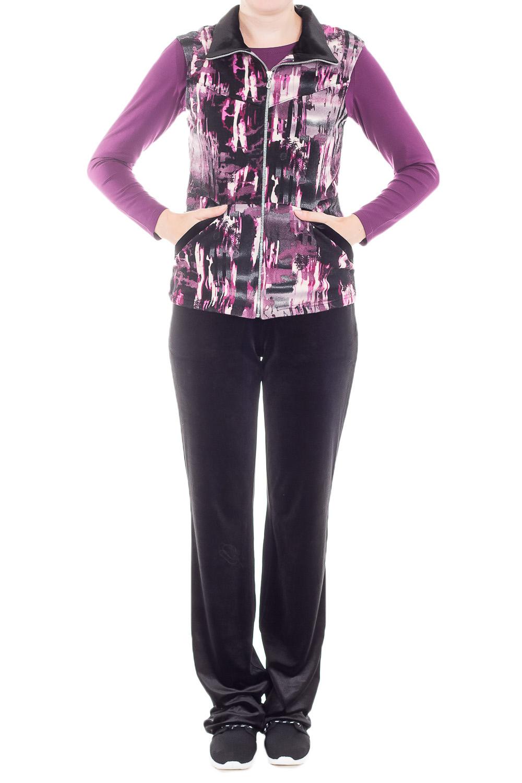 КостюмКостюмы<br>Удобный костюм состоит из брюк, лонгслива и жилета. Отличный выбор для повседневного гардероба или активного отдыха.  В изделии использованы цвета: черный, фиолетовый и др.  Ростовка изделия 170 см.<br><br>Воротник: Стойка<br>Горловина: С- горловина<br>Застежка: С молнией<br>По длине: Макси<br>По материалу: Бархат,Трикотаж<br>По образу: Город<br>По рисунку: С принтом,Цветные<br>По силуэту: Полуприталенные<br>По стилю: Повседневный стиль<br>По форме: Брючные,Костюм тройка<br>По элементам: С карманами<br>Рукав: Длинный рукав<br>По сезону: Осень,Весна<br>Размер : 46<br>Материал: Бархат<br>Количество в наличии: 1
