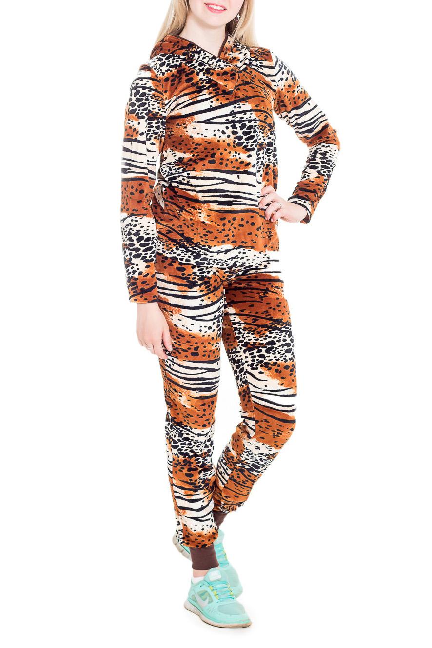 КостюмСпортивные костюмы<br>Спортивный костюм из эластичного трикотажа. Отличный выбор для занятий спортом или активного отдыха.  В изделии использованы цвета: коричневый, белый, черный и др.  Рост девушки-фотомодели 170 см.<br><br>По длине: Макси<br>По материалу: Трикотаж<br>По рисунку: Животные мотивы,Леопард,С принтом,Цветные<br>По силуэту: Полуприталенные<br>По стилю: Повседневный стиль<br>По форме: Костюм двойка,Спортивные брюки<br>По элементам: С капюшоном,С карманами<br>Рукав: Длинный рукав<br>По сезону: Осень,Весна,Зима<br>Размер : 42,44,48<br>Материал: Велюр<br>Количество в наличии: 5