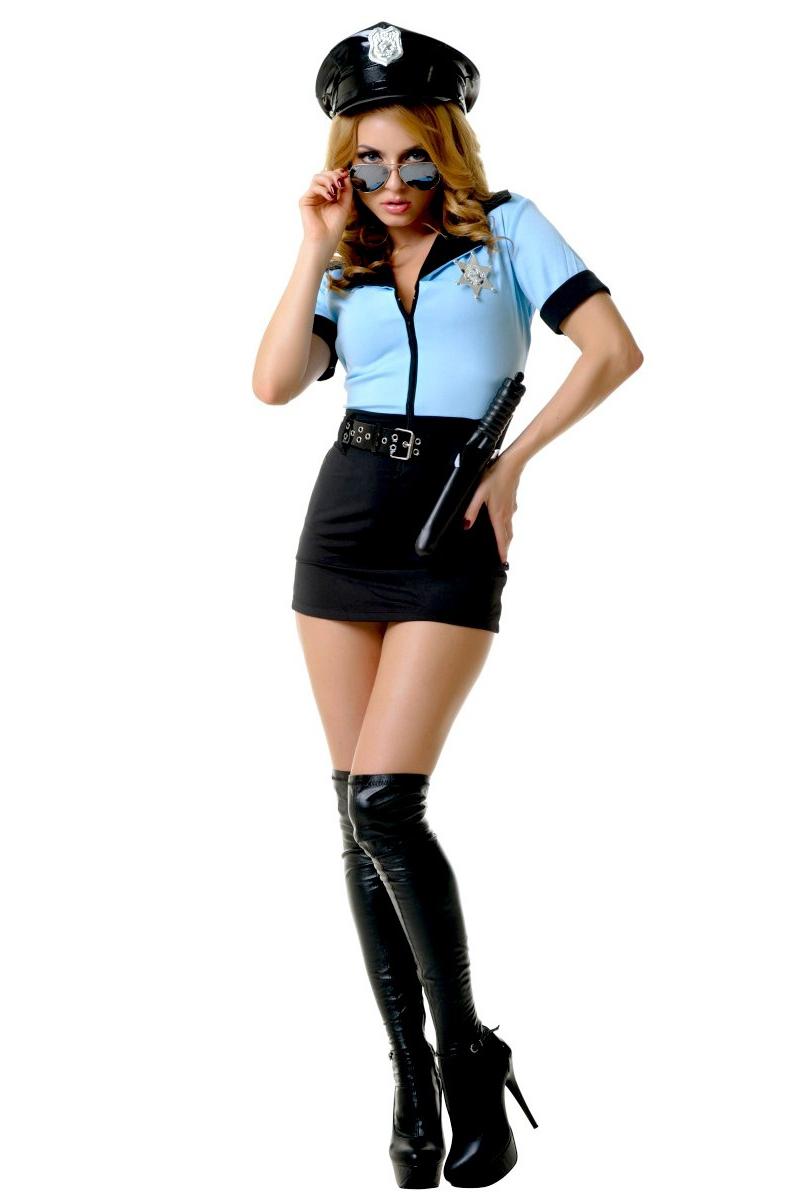 КостюмЭротическое белье<br>Костюм состоит из платья, ремня, значка, наручников, дубинки.   Фуражка в комплект не входит.  Посмотрите на новогодний костюм полицейского «грязный коп» - ну, чем не образ для карнавала Платье в стиле «форма», с узкой юбкой и голубым рубашечным верхом на молнии, значок и ремень создают цельный образ с определенным характером.  В изделии использованы цвета: черный, фиолетовый  Ростовка изделия 170 см.<br><br>По сезону: Всесезон<br>Размер : 44-46,48-50<br>Материал: Трикотаж<br>Количество в наличии: 4