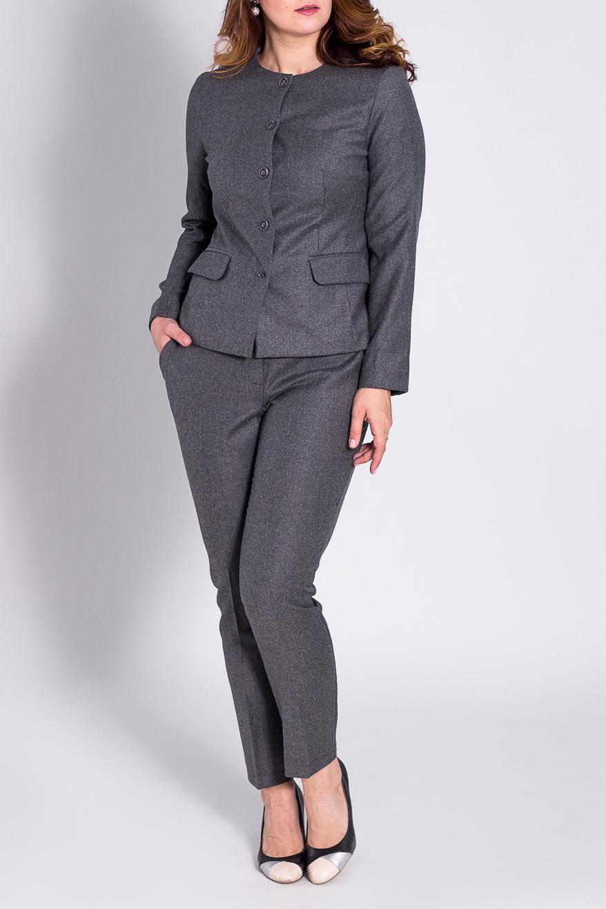КостюмКостюмы<br>Отличный костюм из плотной костюмной ткани. Костюм состоит из жакета и брюк. Отличный выбор для повседневного и делового гардероба.  Цвет: серый  Рост девушки-фотомодели 180 см.<br><br>Горловина: С- горловина<br>Застежка: С пуговицами<br>По длине: Макси<br>По материалу: Тканевые,Хлопок<br>По рисунку: Однотонные<br>По сезону: Весна,Осень<br>По силуэту: Полуприталенные<br>По стилю: Офисный стиль,Повседневный стиль<br>По форме: Брючные,Костюм двойка<br>Рукав: Длинный рукав<br>Размер : 44<br>Материал: Костюмная ткань<br>Количество в наличии: 1
