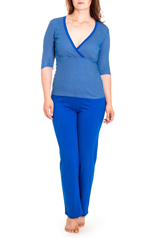 КомплектКомплекты и костюмы<br>Домашний комплект состоит из джемпера и брюк. Домашняя одежда, прежде всего, должна быть удобной, практичной и красивой. В нашей домашней одежде Вы будете чувствовать себя комфортно, особенно, по вечерам после трудового дня.  Цвет: синий  Рост девушки-фотомодели 180 см.<br><br>Горловина: V- горловина<br>По материалу: Вискоза<br>По рисунку: Однотонные<br>По сезону: Весна,Зима,Лето,Осень,Всесезон<br>По силуэту: Полуприталенные<br>По форме: Костюм двойка<br>Рукав: Рукав три четверти<br>Размер : 46-48,48-50<br>Материал: Вискоза<br>Количество в наличии: 9