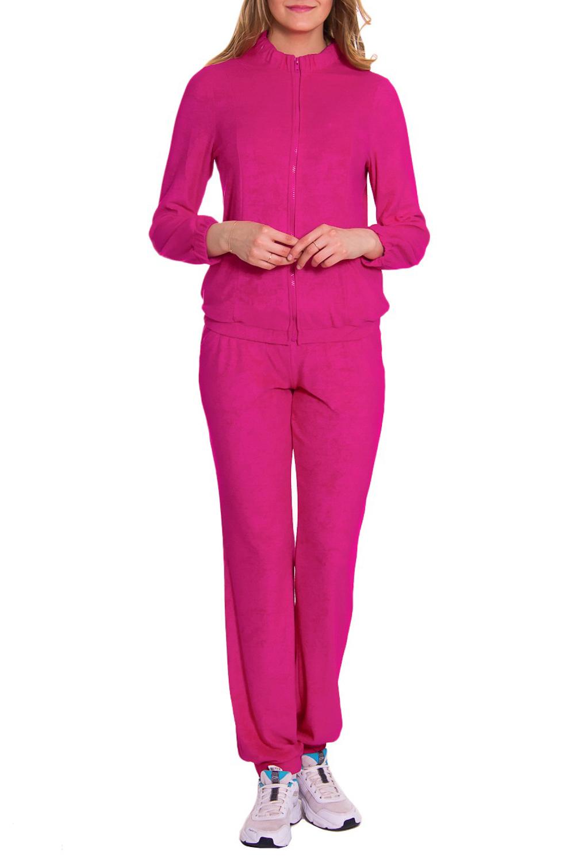 КостюмКомплекты и костюмы<br>Женский костюм из мягкой и теплой махры. Домашняя одежда, прежде всего, должна быть удобной, практичной и красивой. В костюме Вы будете чувствовать себя комфортно, особенно, по вечерам после трудового дня.  Цвет: ярко-розовый  Рост девушки-фотомодели 176 см<br><br>Воротник: Стойка<br>По длине: Макси<br>По материалу: Махровые,Хлопок<br>По рисунку: Однотонные<br>По сезону: Зима<br>По силуэту: Полуприталенные<br>По форме: Костюм двойка,Брючный костюм<br>По элементам: С карманами,С молнией<br>Рукав: Длинный рукав<br>Размер : 44<br>Материал: Махровое полотно<br>Количество в наличии: 1