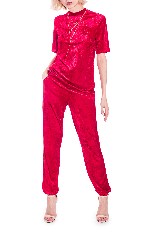 Костюм (джемпер + брюки)Костюмы<br>Стильный и оригинальный костюм станет незаменимым в Вашем гардеробе и лучшим выбором в создании Вашего стиля. Комплект идеально подойдет для прогулки в парке, ужина с любимым человеком или для вечеринки. Костюм очень удобный и приятный, дарит Вам ощущение свободы  Костюм: джемпер и брюки. Джемпер прямого силуэта со средним швом на спинке и воротником quot;стойкойquot;. Рукав втачной, короткий. Брюки с резинкой по верхнему и нижнему срезам. С кулиской в поясе. Карманы с отрезным бочком.  Цвет: красно-бордовый.  Рост девушки-фотомодели 164 см  Длина джемпера - 61 ± 2 см Длина рукава - 23 ± 2 см  Длина брюк по боковому шву - 101 ± 2 см Длина внутреннего шва - 75 ± 2 см<br><br>Воротник: Стойка<br>По длине: Макси<br>По материалу: Бархат<br>По рисунку: Однотонные<br>По сезону: Весна,Зима,Лето,Осень,Всесезон<br>По силуэту: Прямые<br>По стилю: Нарядный стиль,Ультрамодный стиль<br>По форме: Брючный костюм,Костюм двойка<br>По элементам: С воротником,С карманами<br>Рукав: Короткий рукав<br>Размер : 42,44,48<br>Материал: Бархат<br>Количество в наличии: 4