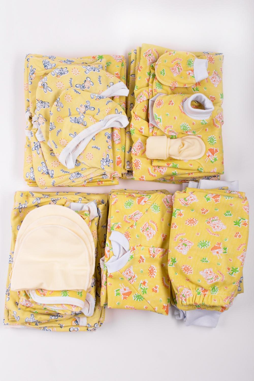 КомплектКомплекты<br>Хлопковый комплект для новорожденного. Отличный подарок для будущих родителей.  В набор входит: Пеленка - 6 шт. Ползунки - 1 шт. Рукавички - 1 шт.  Чепчик - 5 шт.  Пинетки - 2 шт.  Распашонка - 2 шт. Кофточка - 10 шт. Ползунки - 11 шт. Полукомбинезон - 1 шт.  Комбинезон - 4 шт.  В изделии использованы цвета: желтый и др.<br><br>Размер : 56<br>Материал: Хлопок<br>Количество в наличии: 1