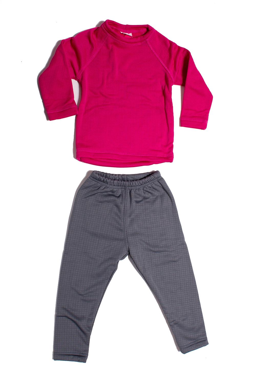 КостюмКостюмы<br>Детский термокостюм. Дети в костюмах выглядят ярко, стильно, и при этом находятся под надежной защитой от меняющихся погодных условий. Ткань обладает хорошей воздухопроницаемостью исключительными тепловыми качествами при относительно небольшом весе.   Изделия из таких тканей защищают от холода и непогоды. Велюровая поверхность ткани создает воздушные карманы, которые удерживают воздух и сохраняют тепло. Ткань гарантирует не закатывание ворса после многократных стирок.  Технические характеристики: -максимальное тепло при небольшом весе -прекрасно дышит, не препятствует испарению влаги, быстро сохнет -водоотталкивающая внешняя поверхность -предохраняет от внешних погодных условий  В изделии использованы цвета: серый, малиновый  Размер 74 соответствует росту 70-73 см Размер 80 соответствует росту 74-80 см Размер 86 соответствует росту 81-86 см Размер 92 соответствует росту 87-92 см Размер 98 соответствует росту 93-98 см Размер 104 соответствует росту 98-104 см Размер 110 соответствует росту 105-110 см Размер 116 соответствует росту 111-116 см Размер 122 соответствует росту 117-122 см Размер 128 соответствует росту 123-128 см Размер 134 соответствует росту 129-134 см Размер 140 соответствует росту 135-140 см Размер 146 соответствует росту 141-146 см Размер 152 соответствует росту 147-152 см Размер 158 соответствует росту 153-158 см Размер 164 соответствует росту 159-164 см<br><br>Горловина: С- горловина<br>По возрасту: Ясельные ( от 1 до 3 лет),Дошкольные ( от 3 до 7 лет),Школьные ( от 7 до 13 лет)<br>По длине: Удлиненные<br>По материалу: Трикотажные<br>По образу: Повседневные<br>По рисунку: Цветные<br>По сезону: Зима,Осень,Весна<br>Рукав: Длинный рукав<br>Размер : 104,110,116,122,128,134,92,98<br>Материал: Трикотаж<br>Количество в наличии: 8