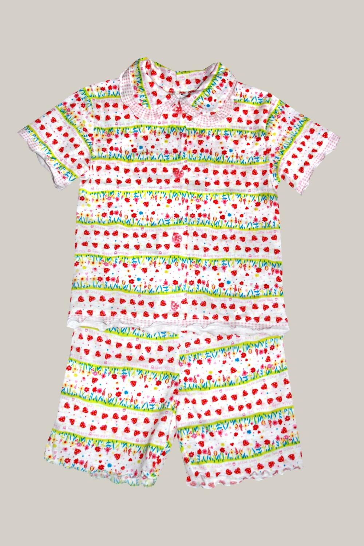 ПижамаПижамы<br>Детская пижама из трикотажного полотна Комплект из трикотажного полотна из двух предметов: кофты и шорт. Кофточка с застежкой на пуговицы, с отложным воротником, короткими рукавами. По краю воротника, низу кофты, низу рукавов - отделочные рюши. Шорты прямые, на резинке.   Цвет: белый, мультицвет  Размер 74 соответствует росту 70-73 см Размер 80 соответствует росту 74-80 см Размер 86 соответствует росту 81-86 см Размер 92 соответствует росту 87-92 см Размер 98 соответствует росту 93-98 см Размер 104 соответствует росту 98-104 см Размер 110 соответствует росту 105-110 см Размер 116 соответствует росту 111-116 см Размер 122 соответствует росту 117-122 см Размер 128 соответствует росту 123-128 см Размер 134 соответствует росту 129-134 см Размер 140 соответствует росту 135-140 см Размер 146 соответствует росту 141-146 см<br><br>По сезону: Осень,Весна<br>Размер : 98<br>Материал: Хлопок<br>Количество в наличии: 3