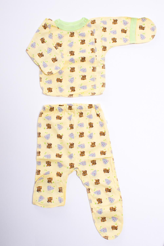 КомплектКомплекты<br>Хлопковый комплект для новорожденного  Цвет: желтый, коричневый, сиреневый  Размер соответствует росту ребенка<br><br>По сезону: Всесезон<br>Размер : 50<br>Материал: Хлопок<br>Количество в наличии: 1
