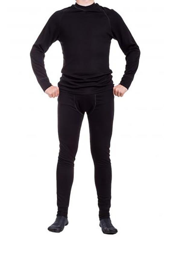 КомплектТермобелье<br>Замечательный комплект состоит из джемпера и кальсон. Отличный вариант под спортивный костюм.  Ростовка изделия 182 см.  Цвет: черный  Рост мужчины-фотомодели 177 см.<br><br>По сезону: Осень,Весна<br>Размер : 52<br>Материал: Трикотаж<br>Количество в наличии: 1