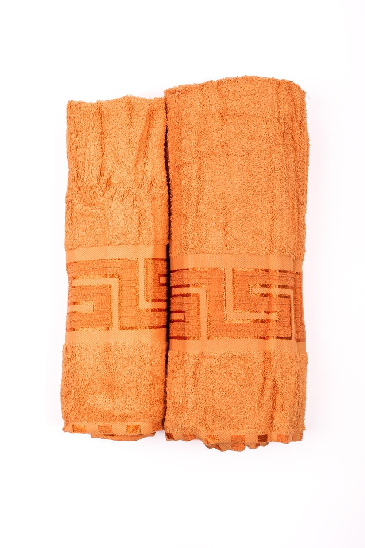 Комплект махровых полотенецПолотенца<br>Комплект махровых полотенец В комплект входят 2 полотенца размерами 50*90 и 70*140 см.  Цвет: оранжевый<br><br>Отделка края: Отделка строчкой<br>По материалу: Махровые,Хлопок<br>По рисунку: Однотонные<br>Размер : UNI<br>Материал: Махровое полотно<br>Количество в наличии: 2