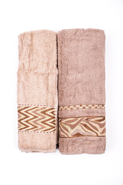 Комплект махровых полотенецПолотенца<br>Комплект махровых полотенец В комплект входят 2 полотенца размерами 50*90 и 70*140 см.  Цвет: бежевый<br><br>Отделка края: Отделка строчкой<br>По материалу: Махровые,Хлопок<br>По рисунку: Однотонные<br>Размер : UNI<br>Материал: Махровое полотно<br>Количество в наличии: 1