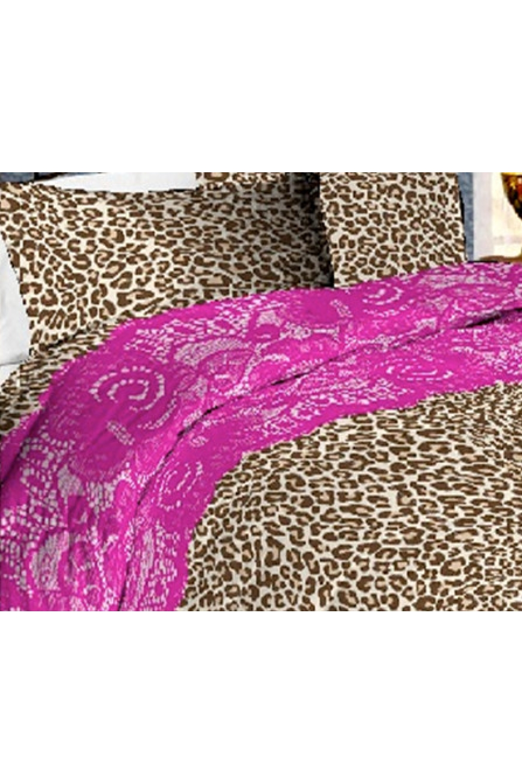 Комплект постельного бельяПостельное белье<br>Постельное белье изготовлено из перкали.  Плотность постельного белья - 160 гр/м2  Цвет: бежевый, коричневый, розовый  Перкаль - это плотная хлопчатобумажная ткань, очень износостойкая и крепкая, хорошо хранит тепло, не выпуская его наружу, не пропускает воздух. Поэтому спать в такой постели мягко, тепло и уютно. Перкалевое белье не образует катышков, яркие цвета сохраняются на долго, хорошо впитывает влагу.  Комплект полутораспального гарнитура: Пододеяльник 145х215 - 1шт. Простынь 150х215 - 1шт. Наволочка 50х70 - 2шт.  Комплект двуспального гарнитура: Пододеяльник 175х215 - 1шт. Простынь 200х220 - 1шт. Наволочка 50х70 - 2 шт.  Комплект двуспального гарнитура с Евро простыней: Пододеяльник 175х215 - 1шт. Простынь 220х240 - 1шт. Наволочка 50х70 - 2 шт.  Комплект Евро гарнитура:  Пододеяльник 200х215 - 1шт.  Простынь 220х240 - 1шт.  Наволочка 50х70 - 2 шт.  Комплект Дуэт гарнитура:  Пододеяльник 145х215 - 2 шт. Простынь 220х240 - 1шт.  Наволочка 70х70 - 2 шт.<br><br>По комплектации: Наволочка 2 шт.,Пододеяльник 1 шт.,Простыня 1 шт.,Пододеяльник 2 шт.<br>По материалу: Перкаль,Хлопок<br>По размеру: Полутороспальные,Двуспальные,Дуэт,Евро<br>По рисунку: Животные мотивы,Леопард,С принтом,Цветные<br>По способу закрывания: В нахлест<br>Размер : 1,5,2,0,Duet,Euro<br>Материал: Перкаль б/шва 100% хлопок<br>Количество в наличии: 8