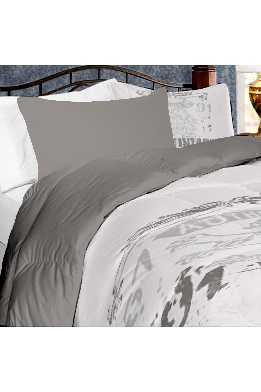 Комплект постельного бельяПостельное белье<br>Постельное белье изготовлено из перкали. Плотность постельного белья - 160 гр/м2Цвет: белый, серый, черный, розовыйПеркаль - это плотная хлопчатобумажная ткань, очень износостойкая и крепкая, хорошо хранит тепло, не выпуская его наружу, не пропускает воздух. Поэтому спать в такой постели мягко, тепло и уютно. Перкалевое белье не образует катышков, яркие цвета сохраняются на долго, хорошо впитывает влагу.Комплект полутораспального гарнитура:Пододеяльник 145х215 - 1шт.Простынь 150х215 - 1шт.Наволочка 50х70 - 2шт.Комплект двуспального гарнитура:Пододеяльник 175х215 - 1шт.Простынь 200х220 - 1шт.Наволочка 50х70 - 2 шт.Комплект двуспального гарнитура с Евро простыней:Пододеяльник 175х215 - 1шт.Простынь 220х240 - 1шт.Наволочка 50х70 - 2 шт.Комплект Евро гарнитура: Пододеяльник 200х215 - 1шт. Простынь 220х240 - 1шт. Наволочка 50х70 - 2 шт.Комплект Дуэт гарнитура: Пододеяльник 145х215 - 2 шт.Простынь 220х240 - 1шт. Наволочка 70х70 - 2 шт.<br><br>Комплектация: Наволочка 2 шт.,Пододеяльник 1 шт.,Простыня 1 шт.,Пододеяльник 2 шт.<br>Материал: Перкаль,Хлопок<br>Размер: Полутороспальные,Двуспальные,Дуэт<br>Рисунок: С принтом,Цветные<br>Способ закрывания: В нахлест<br>Размер : 1,5,Duet<br>Материал: Перкаль б/шва 100% хлопок<br>Количество в наличии: 4