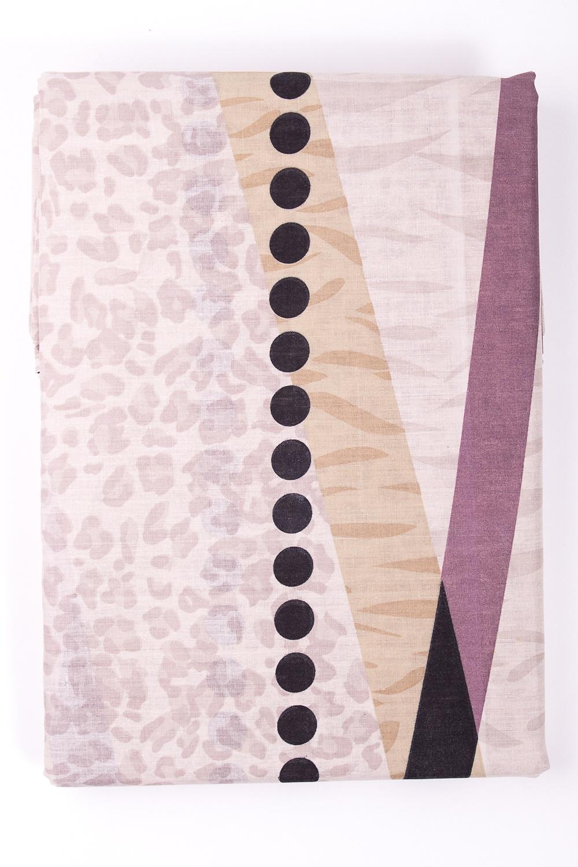 Комплект постельного бельяПостельное белье<br>Постельное белье из ткани нового поколения - поликоттон.  Плотность постельного белья - 120 гр/м2  Цвет: бежевый, розовый, черный  Преимущества комплекта из поликоттона - увеличенный срок службы, низкая усадка ткани после стирки, высокие гигиенические свойства, низкая сминаемость изделий, отсутствие миграции красителей.  Комплект 1,5 сп. гарнитура:  Пододеяльник 145х220 – 1шт.  Простынь 150х220 - 1шт.  Наволочка 70х70 - 1шт.   Комплект двуспального гарнитура: Пододеяльник 175*220 - 1шт. Простынь 200х220 - 1шт. Наволочка 70х70 - 2шт.<br><br>По комплектации: Пододеяльник 1 шт.,Простыня 1 шт.,Наволочка 2 шт.<br>По материалу: Поликоттон,Хлопок<br>По размеру: Полутороспальные<br>По рисунку: Цветные,С принтом<br>По способу закрывания: В нахлест<br>Размер : 1,5<br>Материал: Поликоттон<br>Количество в наличии: 2