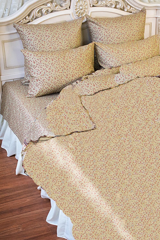 Комплект постельного бельяПостельное белье<br>Постельное белье изготовлено из бязи.  Бязь - это плотная хлопчатобумажная ткань, гигиеничная, обладающая низкой сменяемостью и легко стирающаяся. Изготавливается из 100% хлопка с использованием устойчивых безопасных красителей для нанесения рисунка на долгие годы, сохраняя яркость цвета.  Обращаем Ваше внимание на то, что расположение рисунка на комплекте не всегда полностью совпадает с рисунком на картинке Данное несоответствие не расценивается как брак или некондиция.  В изделии использованы цвета: бежевый, розовый и др.  Комплект полутораспального гарнитура: Пододеяльник 150х215 - 1шт. Простынь 150х220 - 1шт. Наволочка 72х72 - 2шт.  Комплект двуспального гарнитура: Пододеяльник 180х215 - 1шт. Простынь 180х220 - 1шт. Наволочка 72х72 - 2 шт.<br><br>По комплектации: Наволочка 2 шт.,Пододеяльник 1 шт.,Простыня 1 шт.<br>По материалу: Бязь,Хлопок<br>По размеру: Полутороспальные,Двуспальные<br>По рисунку: Растительные мотивы,С принтом,Цветные,Цветочные<br>По способу закрывания: В нахлест<br>Размер : 1,5,2,0<br>Материал: Бязь набивная б/шва 100% хлопок<br>Количество в наличии: 2