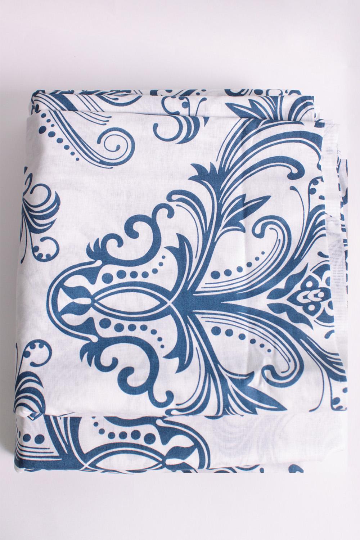 Комплект постельного бельяПостельное белье<br>Бязь - это плотная хлопчатобумажная ткань, гигиеничная, обладающая низкой сменяемостью и легко стирающаяся. Изготавливается из 100% хлопка с использованием устойчивых безопасных красителей для нанесения рисунка на долгие годы, сохраняя яркость цвета.  В изделии использованы цвета: белый, синий и др.  Обращаем Ваше внимание на то, что расположение рисунка на комплекте не всегда полностью совпадает с рисунком на картинке Данное несоответствие не расценивается как брак или некондиция.  Комплект полутораспального гарнитура: Пододеяльник 150х215 - 1шт. Простынь 150х220 - 1шт. Наволочка 70х70 - 2шт.  Комплект двуспального гарнитура: Пододеяльник 180х220 - 1шт. Простынь 180х220 - 1шт. Наволочка 70х70 - 2 шт.  Комплект двуспального гарнитура с Евро простыней: Пододеяльник 180х220 - 1шт. Простынь 220х240 - 1шт. Наволочка 70х70 - 2 шт.  Комплект Евро гарнитура:  Пододеяльник 220х240 - 1шт.  Простынь 220х240 - 1шт.  Наволочка 70х70 - 2 шт.  Комплект Дуэт гарнитура:  Пододеяльник 150х220 - 2 шт. Простынь 220х240 - 1шт.  Наволочка 70х70 - 2 шт.<br><br>По комплектации: Наволочка 2 шт.,Пододеяльник 1 шт.,Простыня 1 шт.<br>По материалу: Бязь,Хлопок<br>По размеру: Двуспальные<br>По рисунку: С принтом,Цветные<br>По способу закрывания: В нахлест<br>Размер : 2,0<br>Материал: Бязь набивная б/шва 100% хлопок<br>Количество в наличии: 1