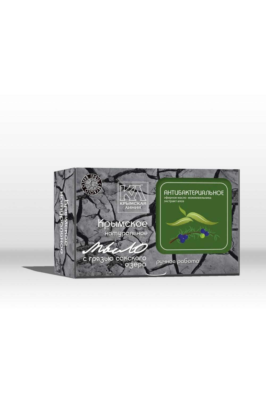 Мыло С грязью Сакского озера АнтибактериальноеТвердое мыло<br>Мыло на основе лечебной грязи Сакского озера благодаря дезинфицирующим свойствами отвара крапивы в комплексе с антисептическими, тонизирующими, смягчающими свойствами масел можжевельника и чайного дерева, идеально подходит для людей ведущих активный образ жизни и для ежедневного ухода для Вашей кожи.  Оригинальный рецепт натурального мыла на основе лечебной грязи Сакского озера, содержит уникальный комплекс природных веществ, дополняющих целебное действие сакской грязи. Натуральные масла, лекарственные травы, растительные экстракты, минеральные вещества, эфирные композиции тщательно подобраны для сбалансированного ухода за разными типами кожи.  Основной активный компонент натурального мыла - лечебная грязь Сакского озера. Это уникальное природное вещество, подаренное крымской природой, давно признано эффективным косметическим средством. Биологически активные вещества, содержащиеся в сакской грязи, глубоко проникают в кожу, насыщая ее необходимыми микро- и макроэлементами. Лечебная грязь улучшает обмен веществ в клетках, стимулирует тканевое дыхание, повышает иммунитет и действует как мощный антиоксидант, предупреждая старение. Сакская грязь делает кожу нежной и бархатистой, очищает и сужает поры, абсорбирует излишки кожного жира, удаляет омертвевшие клетки, снижает воспалительные процессы, способствует рассасыванию рубцов и шрамов, разглаживает морщины. Грязь Сакского озера дарит коже упругость, эластичность, здоровье и красоту      Состав: омыленные растительные масла (кокосовое, оливковое, пальмовое, рициновое); вода подготовленная, грязь Сакского озера, отвар крапивы, масло облепиховое, эфирные масла чайного дерева и можжевельника, экстракт алоэ.  Масса 82г (+/-5г)  Срок годности 24мес.  Дата изготовления  19.11.2015г.  Противопоказания: индивидуальная непереносимость входящих в состав компонентов.  Меры предосторожности: при попадании в глаза промыть водой.  Условия хранения: хранить при температуре н