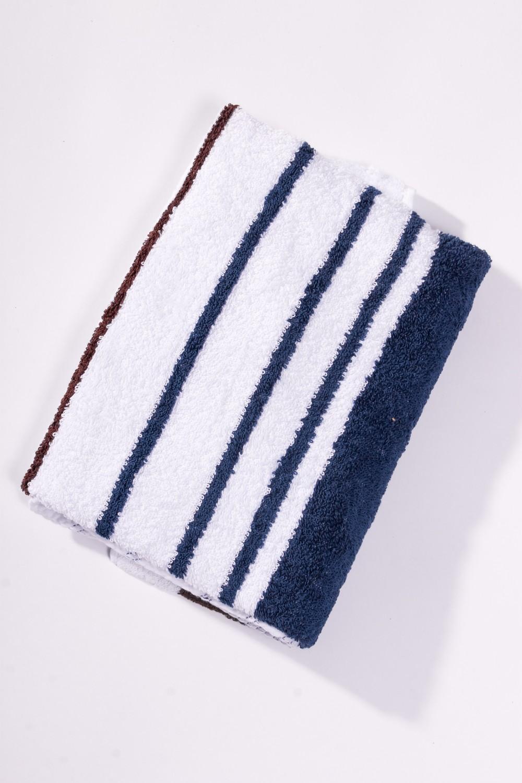 Махровое полотенцеПолотенца<br>Мягкое махровое полотенце  Цвет: белый с синей полоской<br><br>Отделка края: Отделка строчкой<br>По материалу: Махровые,Хлопок<br>По рисунку: В полоску,Однотонные<br>Размер : 50*100,70*140<br>Материал: Махровое полотно<br>Количество в наличии: 6