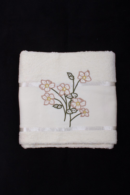 Махровое полотенцеПолотенца<br>Мягкое махровое полотенце с вышивкой  Цвет: белый<br><br>Отделка края: Отделка строчкой<br>По материалу: Махровые,Хлопковые<br>По рисунку: Однотонные,С принтом (печатью)<br>Размер : 50*90<br>Материал: Махровое полотно<br>Количество в наличии: 1